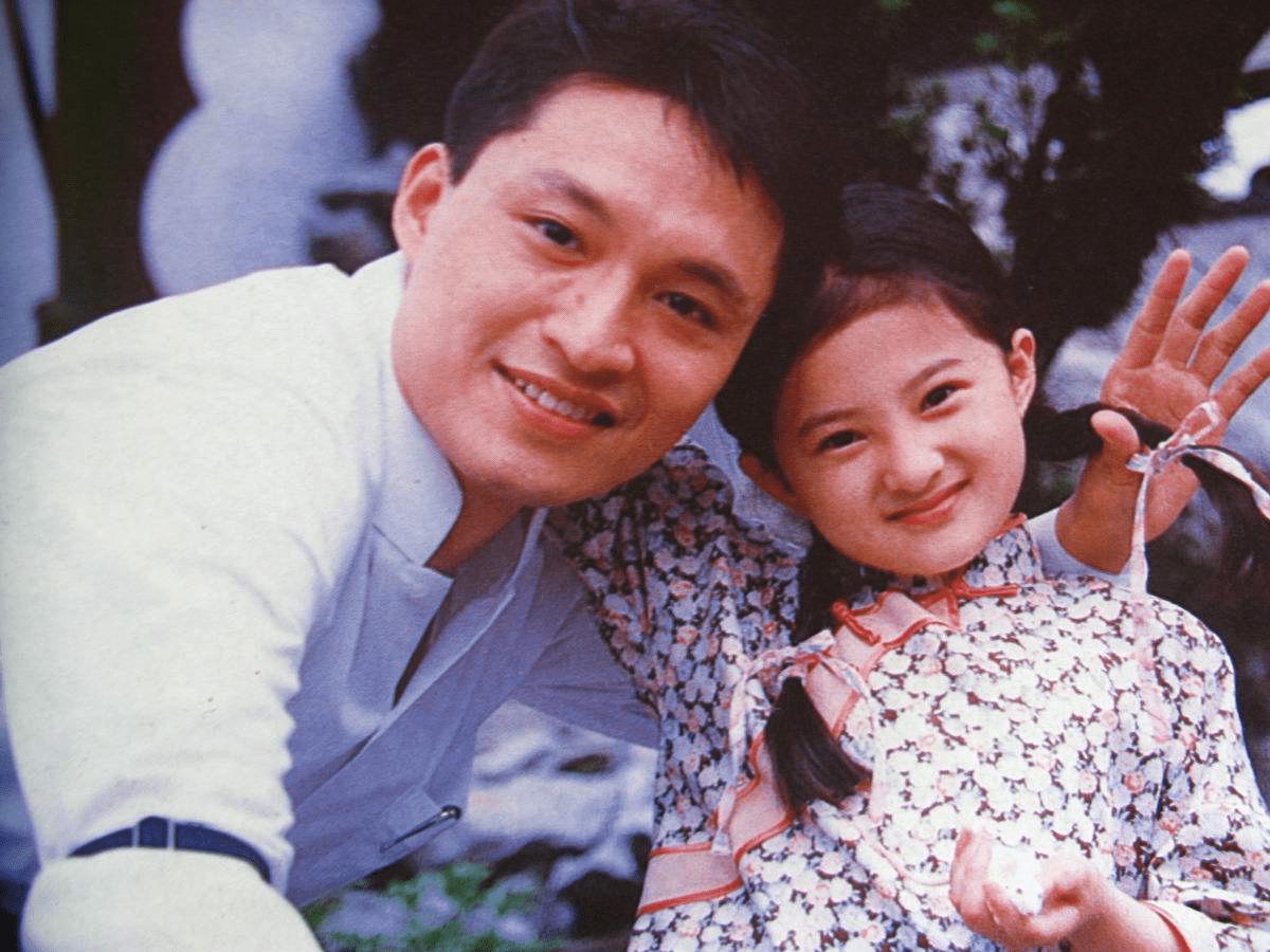 38岁金铭晒近照意外撞脸郭京飞,剪了短发的她变化好大