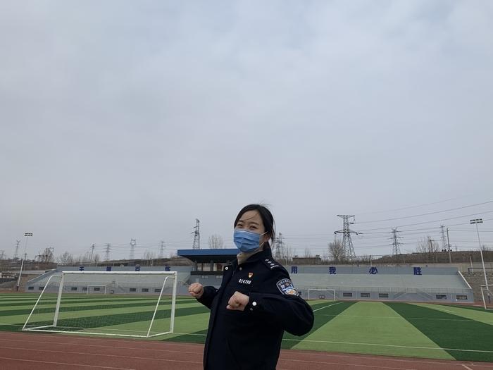 """【战""""疫""""故事】交警刘萌:双警家庭的""""单亲生活"""""""