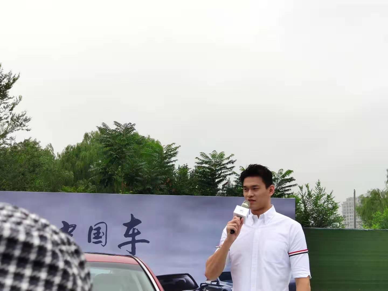 专访孙杨:想展示属于中国的速度 希望游出令世人尊敬的成绩