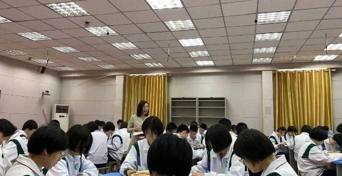 锋芒初试 风采尽展 ——济钢高中2020新分教师达标课圆满完成