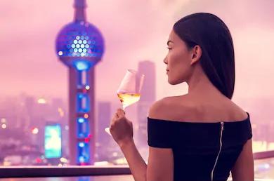 一切如旧!上海名媛群女孩回应说了什么?