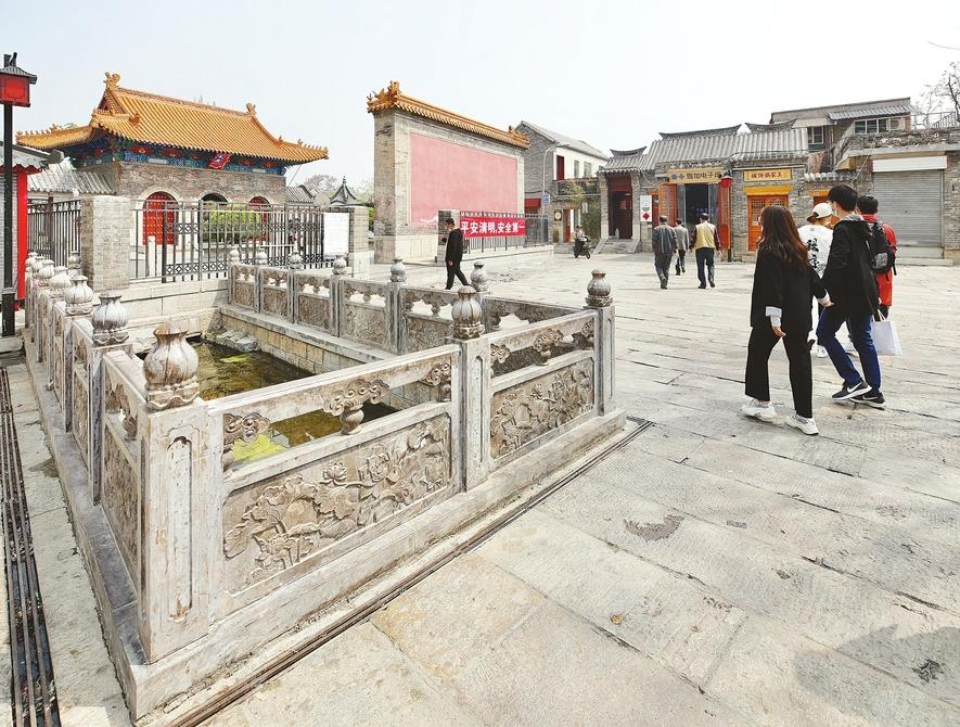 """提升""""微景观"""" 济南老城更靓丽"""