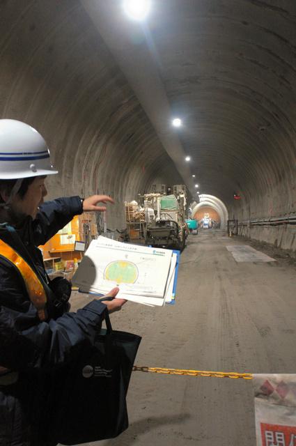 北海道新干线北延工程首次对媒体公开 隧道挖掘后的残余土石难以处理