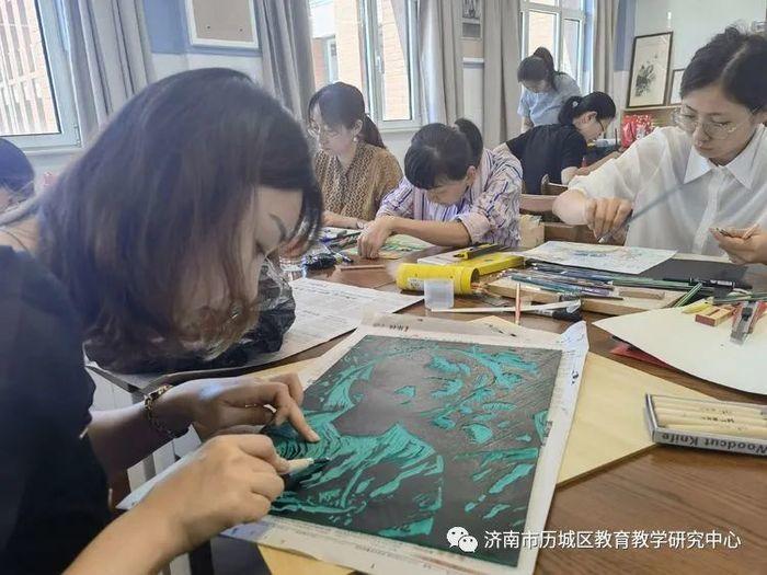 历城区举办中小学美术教师基本功大赛
