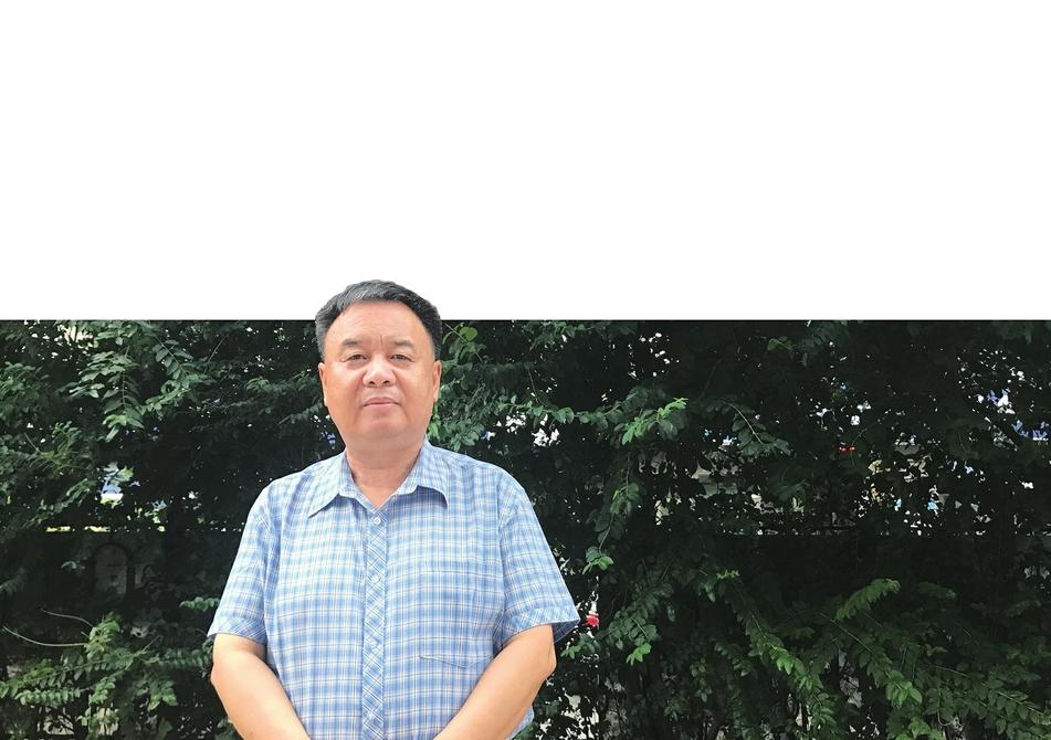 驰骋云端 根植济南 ——诗人赫赫扬扬专访