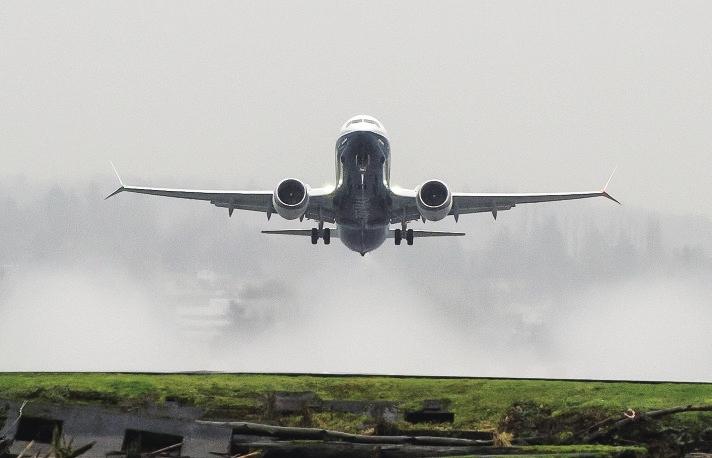"""调查证实波音客机两次失事""""明显相似""""— 是偶然的天灾,还是必然的人祸?"""