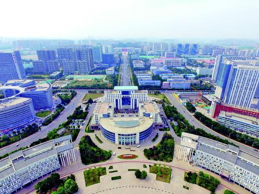 济南瞄准国家中心城市 十大千亿级产业加速崛起