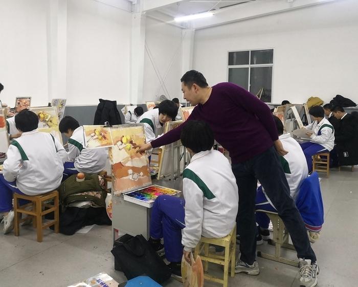 【赢战新高考】济钢高中开展2020年美术统考适应性集训