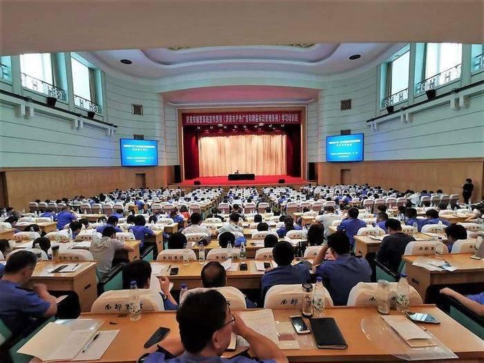 济南城管系统宣传贯彻《济南市户...