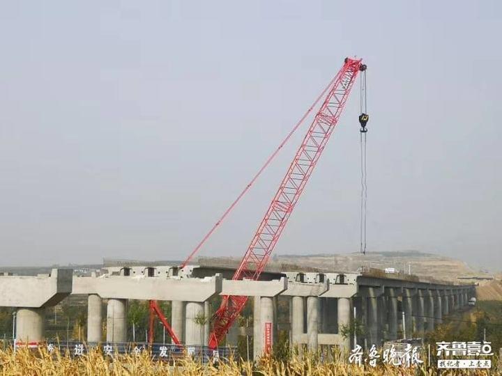 新台高速全线首座大桥顺利完成箱梁架设,明年通车!