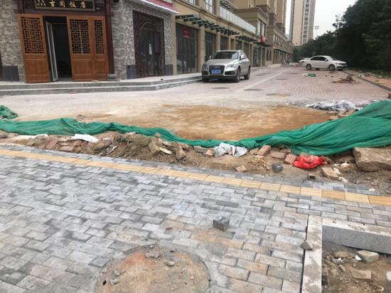 【啄木鸟在行动】槐荫区清源路淄博路往东200米附近有渣土未覆盖