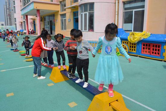 精彩游戏溢满童年-济阳区实验幼儿园开展户外自主游戏