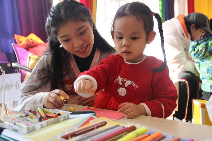 体验传统文化  喜迎新年文化 槐荫区第三实验幼教集团道德园举办元旦文化体验活动