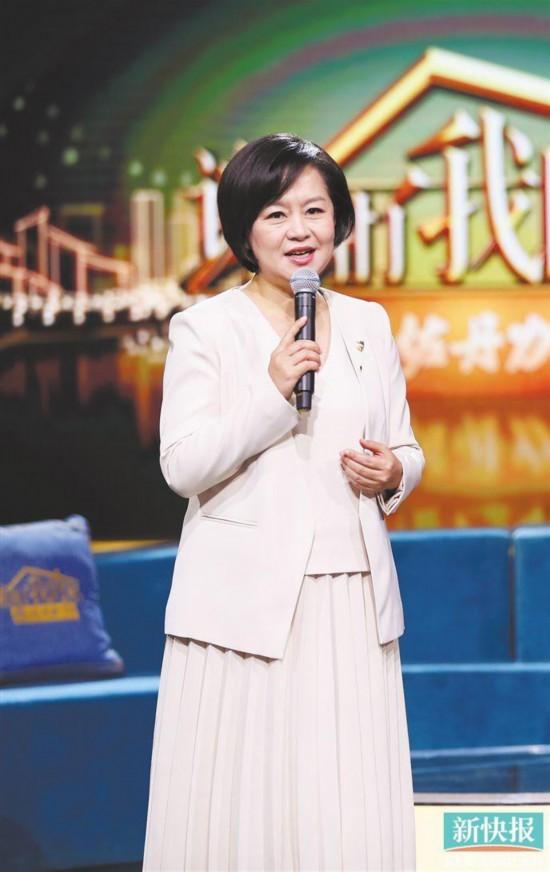 """央视综艺""""变脸"""":蔡国庆勇于接地气 鞠萍姐姐忐忑转型"""