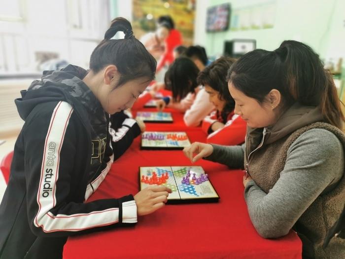 历下区第一实验幼儿园工会组织趣味活动