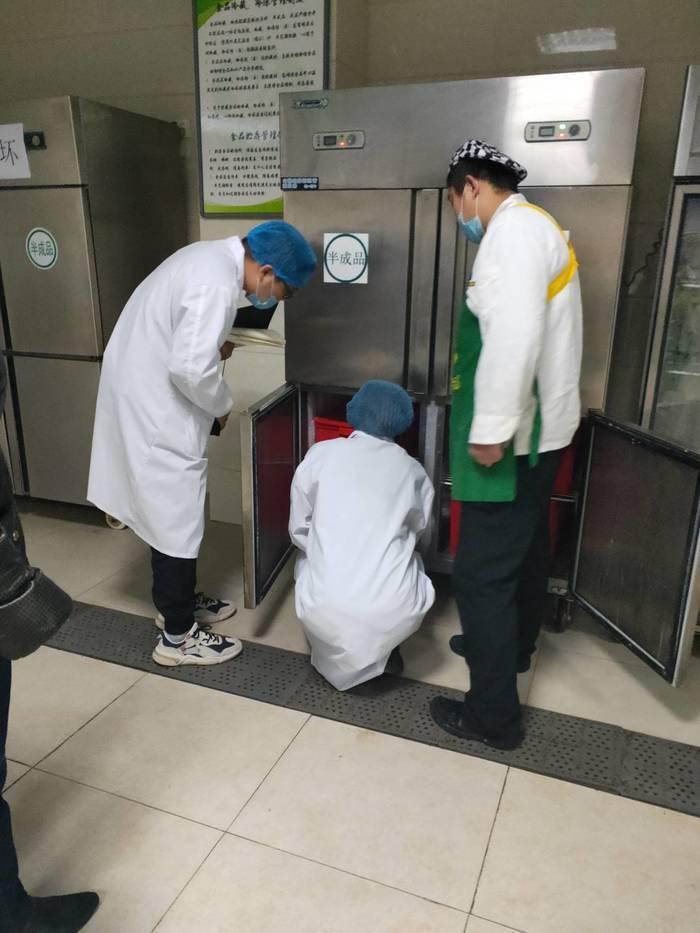 济南艺术学校食堂迎接市场监管局聘请的第三方评价