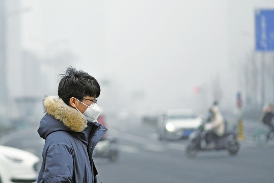 """今起三天济南""""气质""""较差,25日后或好转 这个周末""""暖生霾"""",挑对口罩再出门"""