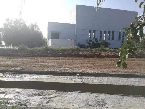【啄木鸟在行动】 章丘区工业六路附近黄土裸漏堆积