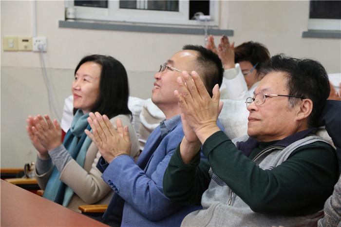 山东师大附小雅居园校区家长学校组织家长教育培训活动
