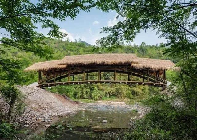 """不可思议!重庆一农村用716根竹子造桥,竟获建筑界""""奥斯卡"""""""