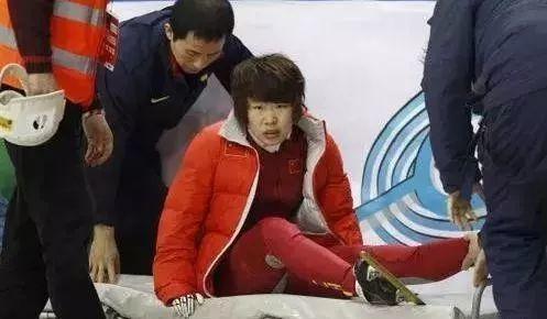 惊呆了!韩国选手摔出赛道具体是什么情况?还原事发经过详情始末