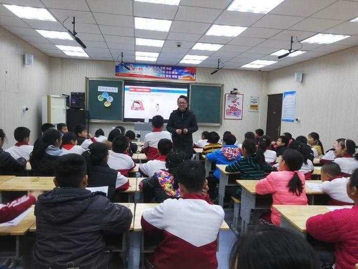 莱芜师范附属小学举行青年教师课堂教学基本功大赛