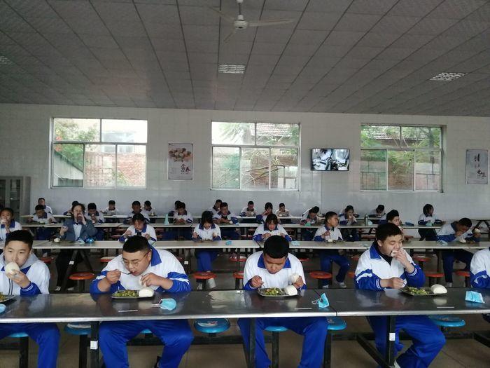 长清区马山初级中学初三学子复学