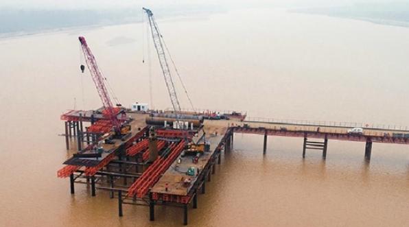 """""""两桥一隧""""明年年底建成通车 黄河公路大桥复线工程年内开工"""