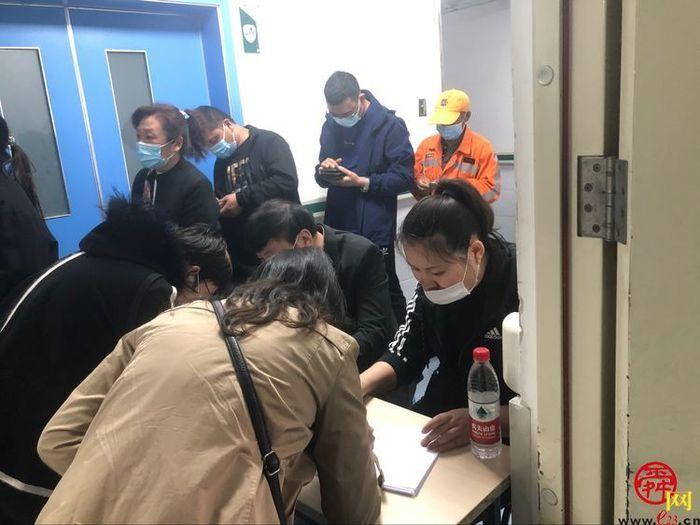 甸柳新村街道全民动员 加速推进新冠疫苗接种进度
