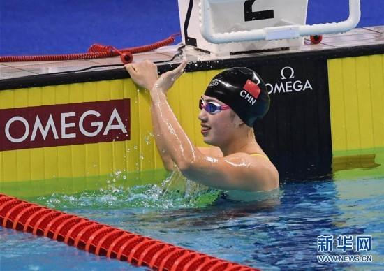 组图:军运会女子100米蝶泳 中国选手张雨霏夺冠