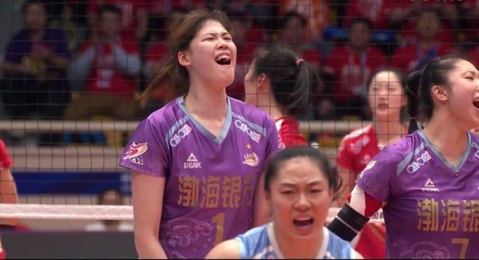 打出高水平!天津女排进决赛 半决赛总比分3比1淘汰江苏队