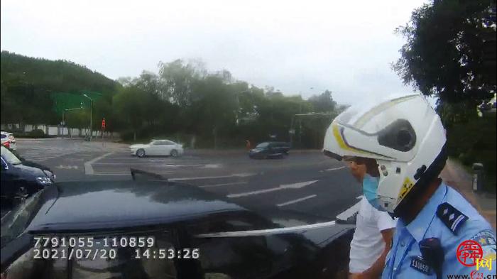 长杆杆 危险险 出事便是一串串 济南交警及时查获存在安全隐患车辆