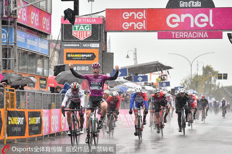 2019环意大利自行车赛第5赛段 阿科尔曼获赛段冠军