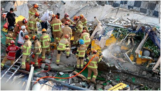 惨剧!韩国一拆迁楼倒塌砸中公交车,已致9死25人受伤