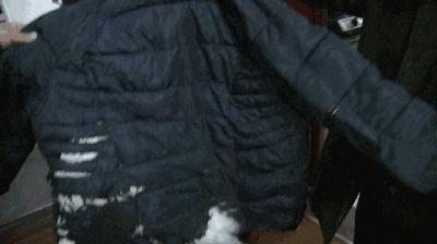 冬天穿羽绒服要注意!这些事千万别做,有很大隐患!