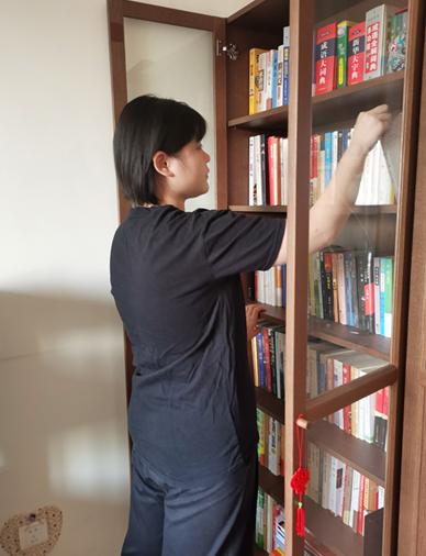 """【爱读书】让学生爱上阅读 看济南一中家长建设""""上书房""""(济南一中家长王颜霞 夏远征)"""