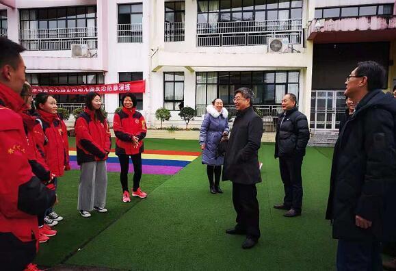千里湘西行 风雨送温情 ---济南幼高专领导走访慰问援湘师生