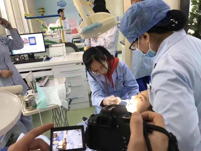 山东省实验中学:浸入式学习  体验中成长