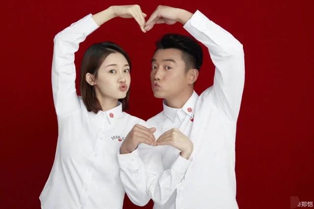 甜炸!郑恺和苗苗换上情侣头像 官宣后终于可以光明正大的秀恩爱了!