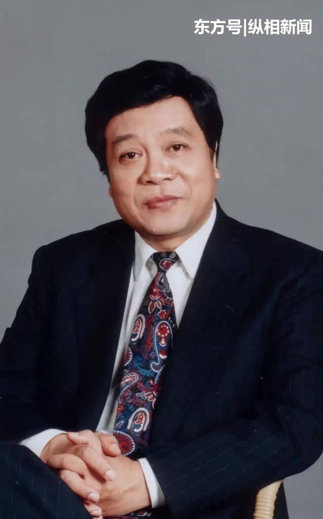 赵忠祥儿子发文:希望他在另一个世界里安详快乐