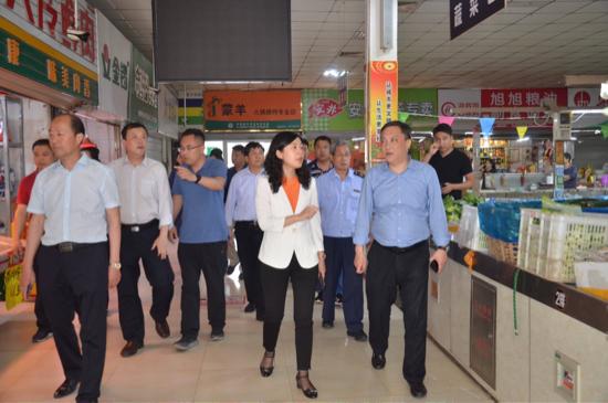 天桥区副区长李向峰督导检查国家卫生城市复审工作