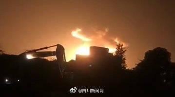 最新!四川广汉燃爆事故现场明火扑灭:6人受伤 原因正在调查中