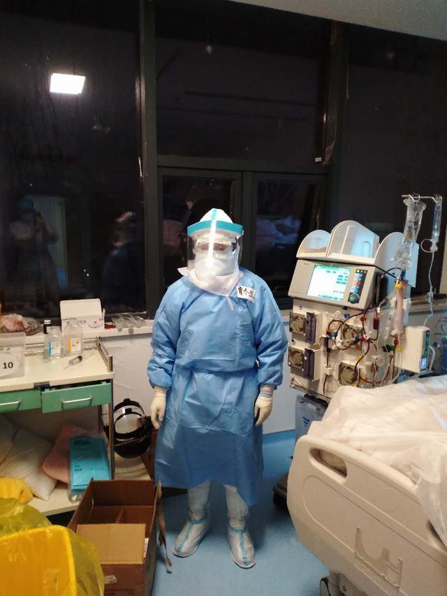 【阻击疫情――儿童医院在行动】千赢国际qy006儿童医院援鄂医疗队队长曾冬生工作纪实