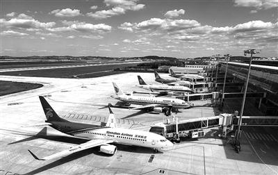 航空业复苏进行时:航班量增加 客座率回升