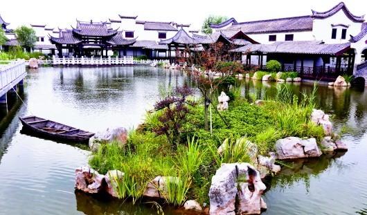探访网红打卡地中国院子:所有建筑都是原址拆除后运到青岛复建的