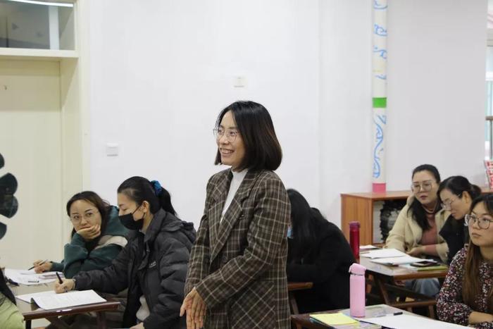 济南市济洛路小学举办教师成长专题培训