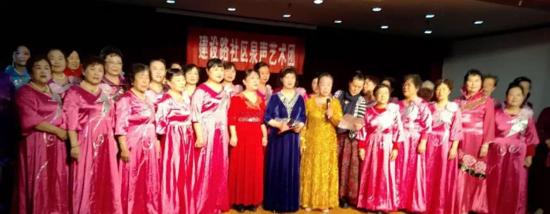 济南老年人大学王冬老师带队到济南市社会福利院慰问演出