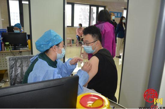 """接种总数达60.61万剂 看天桥区疫苗接种""""十二时辰"""""""