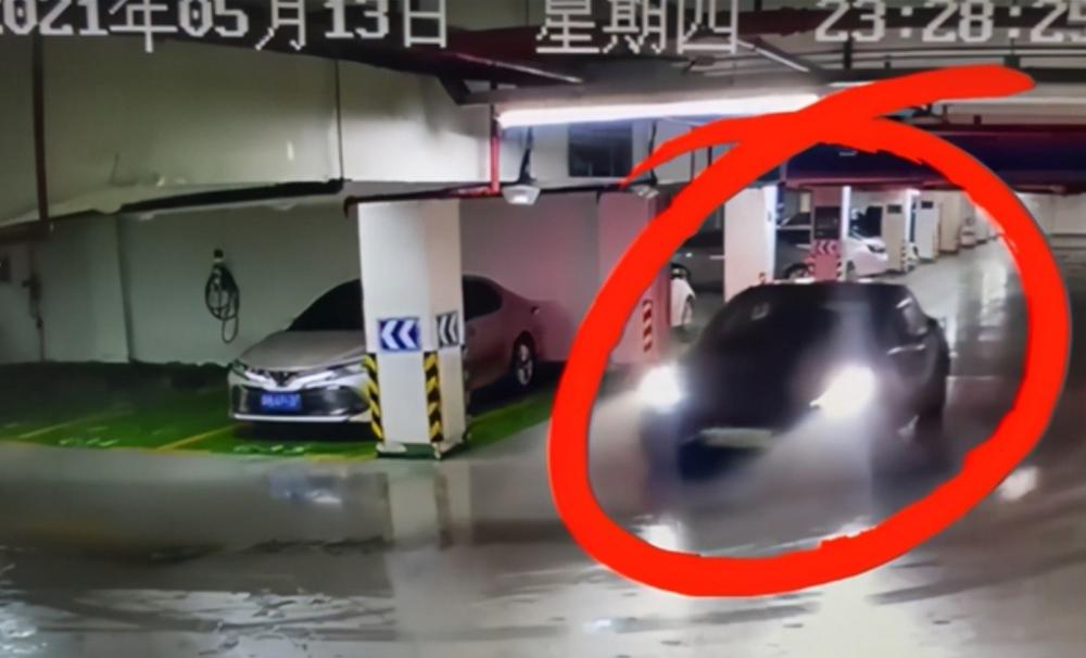 一波未平一波又起!特斯拉回应杭州地下车库事故网友却不买账