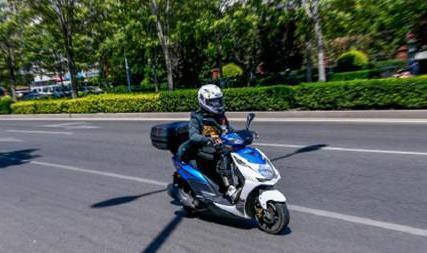 【注意】头不戴头盔处罚仅限于摩托车 是否会给
